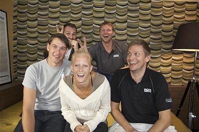 Patrik Klüft, Birger Lipinski, Carolina Klüft, Mattias Särnholm och Johnnie Krigström. foto:kanal 5